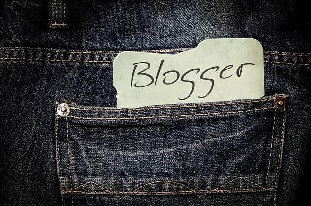 Promouvoir votre blog en utilisant les réseaux sociaux et de signets.