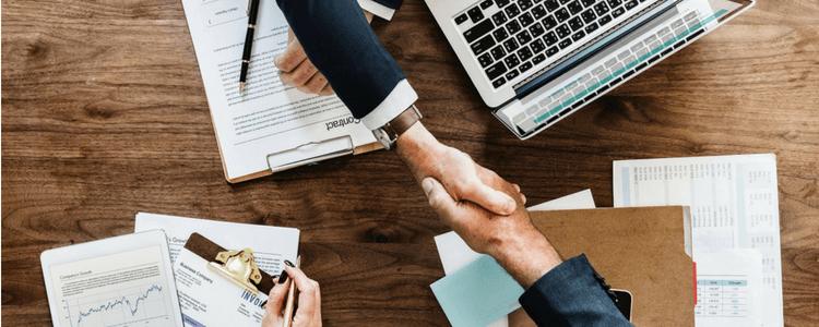 Comment domicilier une entreprise à un professionnel ?