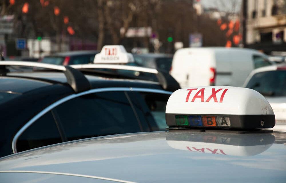 Prenez garde aux faux taxis dans les aéroports