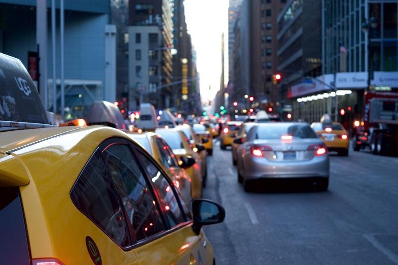Quels services de transport choisir : VTC ou taxi ?