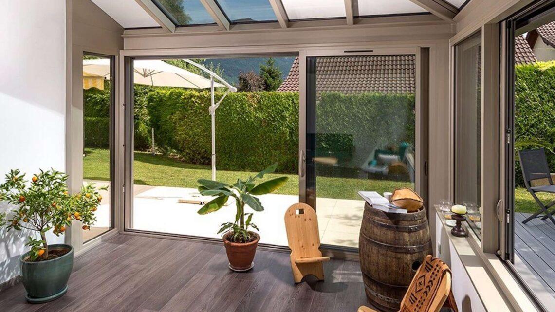 Agrandir sa maison avec une véranda : les avantages