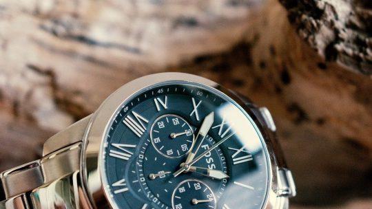 Une montre automatique vs une montre à quartz : comparaison