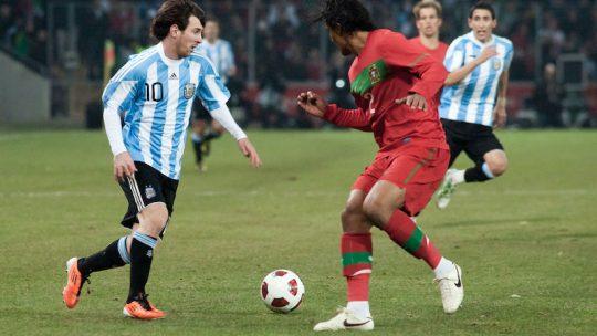 Lionel Messi: le génie du ballon rond au talent incommensurable
